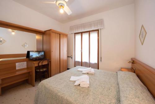 camera-matrimoniale-celle-ligure-hotel-tirreno