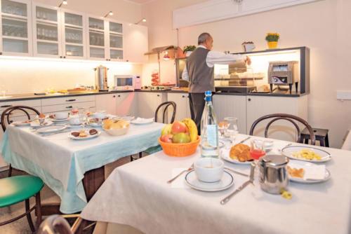 hotel-colazione-buffet-liguria