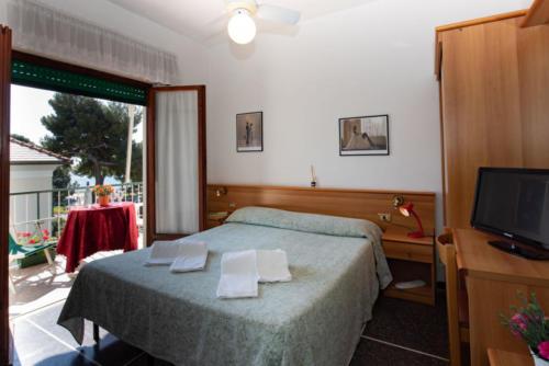 hotel-con-camere-vista-mare-liguria